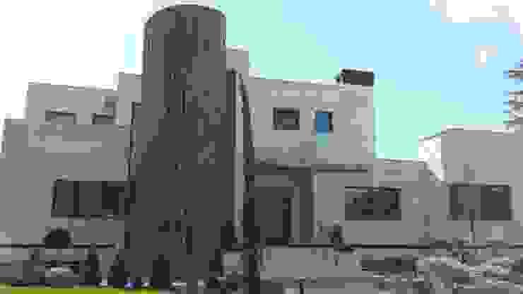 VIVIENDA UNIFAMILIAR Casas de estilo moderno de CARLOS TRIGO GARCIA Moderno
