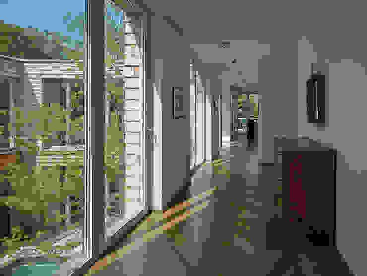 DREER2 Modern corridor, hallway & stairs