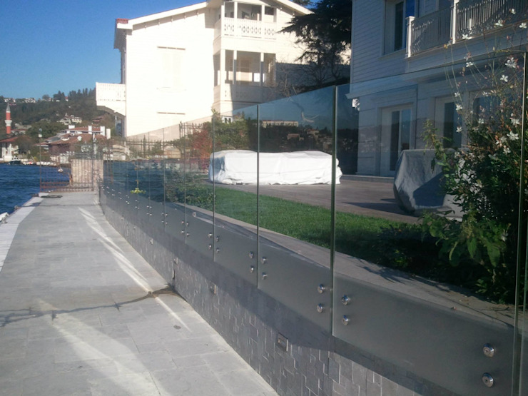 Kandilli Muharrrem Yılmaz Bey'in Yalısı Modern Havuz Doğdu Cam Ve Ayna San. Tic. Ltd. Şti Modern Cam