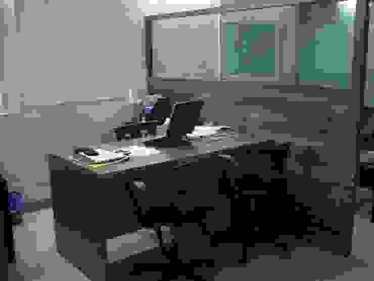 workstation Minimalist offices & stores by Global Associiates Minimalist