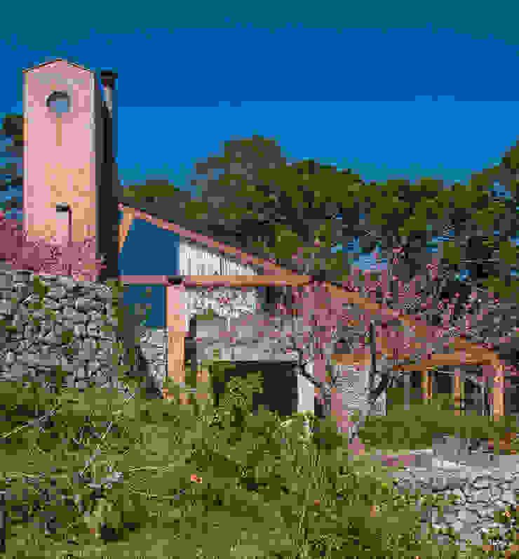 Vista externa Casas modernas por Carlos Bratke Arquiteto Moderno