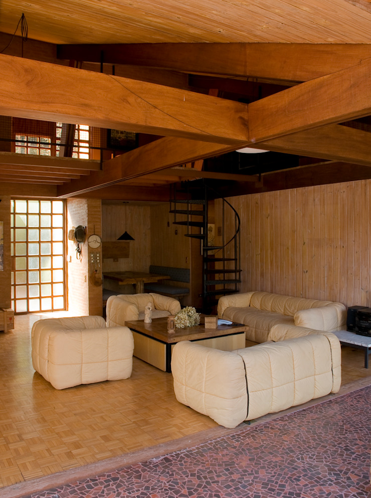 Sala de Estar Salas de estar modernas por Carlos Bratke Arquiteto Moderno