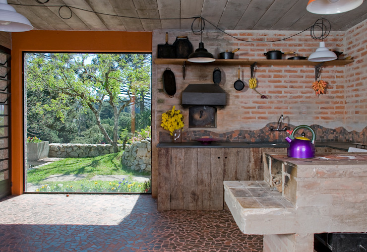 Cocinas de estilo  por Carlos Bratke Arquiteto ,