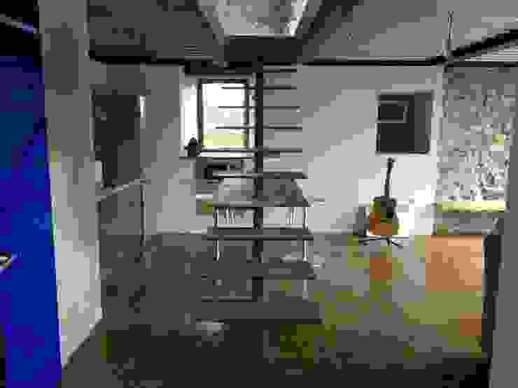모던스타일 복도, 현관 & 계단 by Tagarro-De Miguel Arquitectos 모던