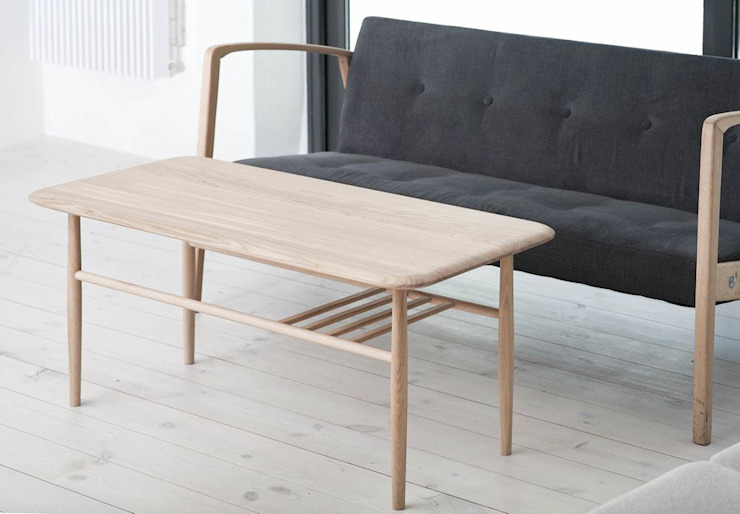 T1 Coffee table de Loft Kolasinski Escandinavo Madera maciza Multicolor