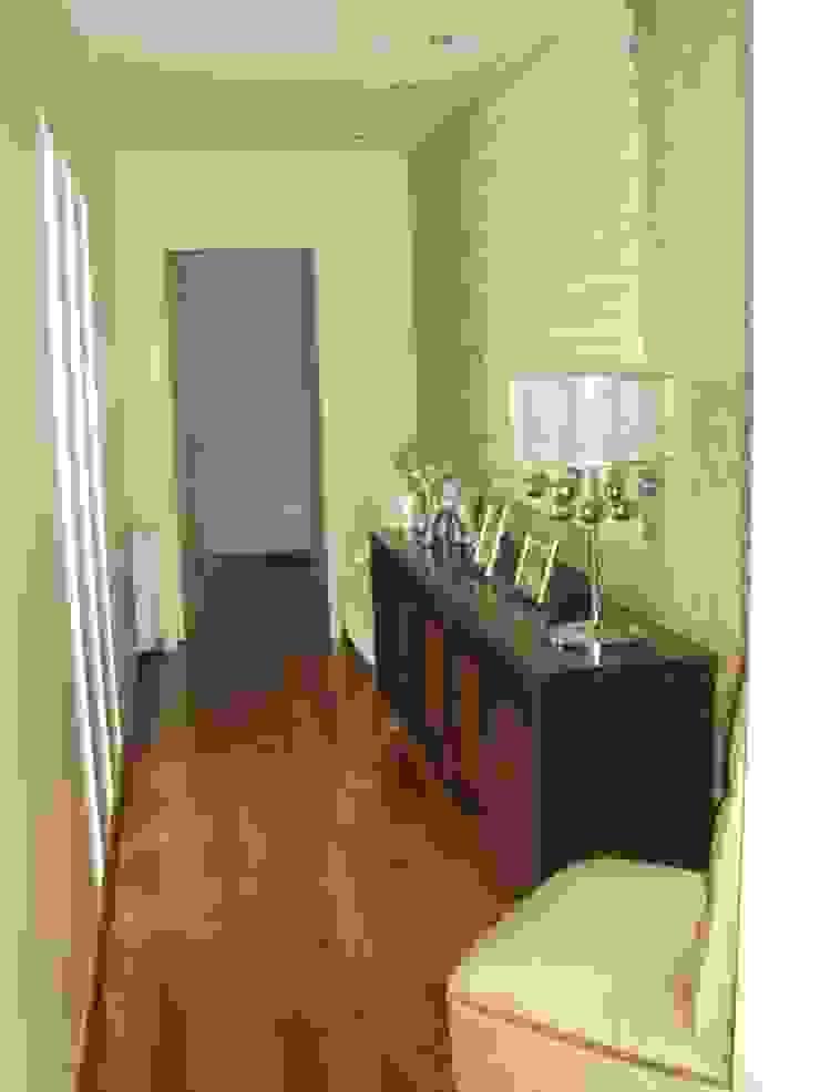 Klassieke gangen, hallen & trappenhuizen van GMV ESTUDIO Klassiek