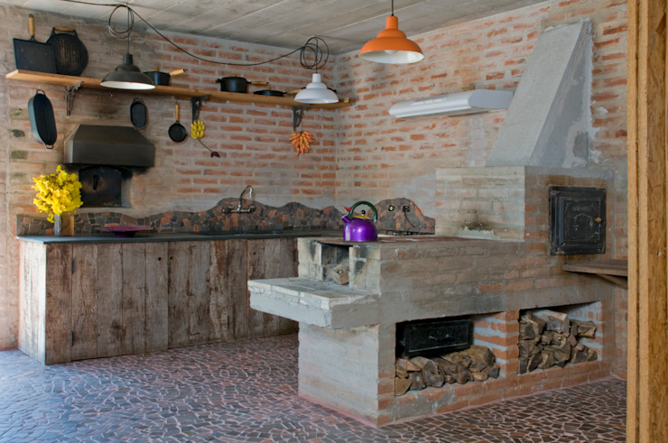 Kitchen by Carlos Bratke Arquiteto , Rustic