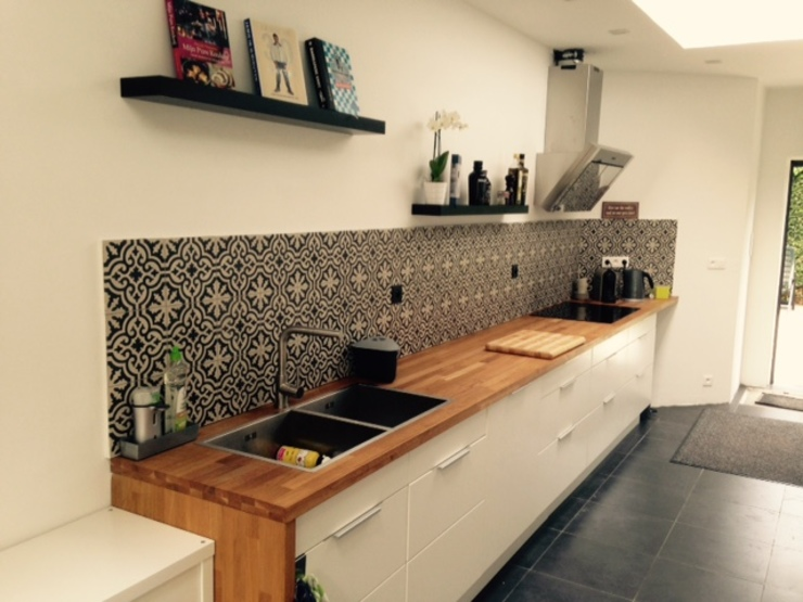 Country style kitchen by Den Ouden Tegel Country Tiles