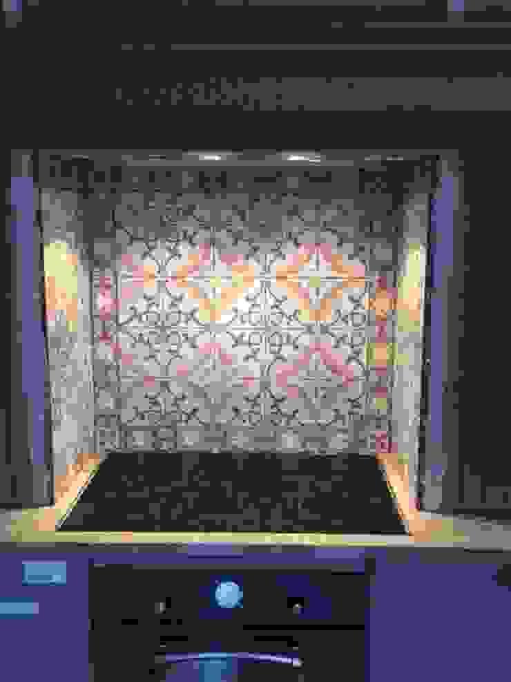 Den Ouden Tegel Rustic style kitchen Tiles