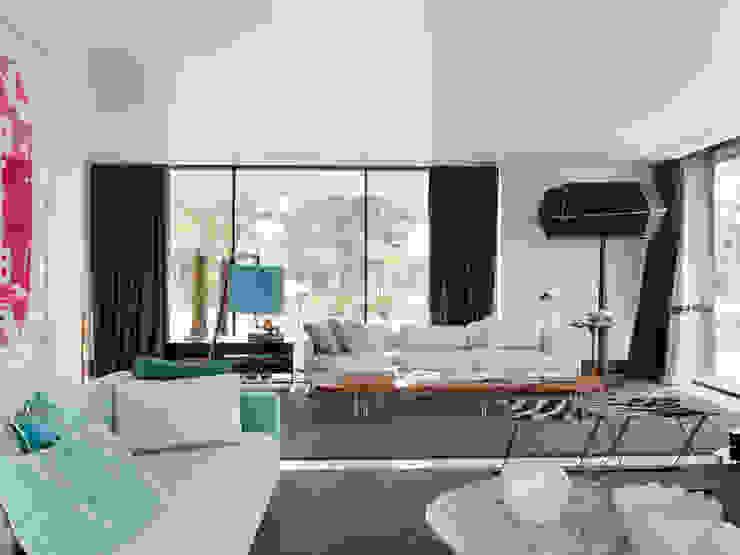现代客厅設計點子、靈感 & 圖片 根據 SA&V - SAARANHA&VASCONCELOS 現代風