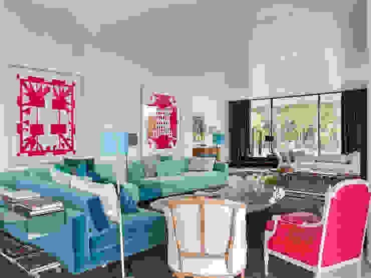 MODERN&DARING Salas de estar modernas por SA&V - SAARANHA&VASCONCELOS Moderno