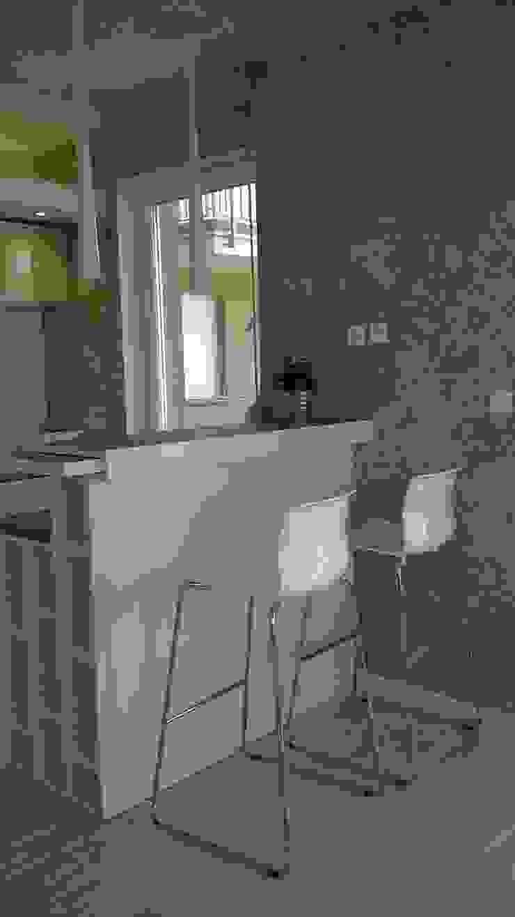 mieszkanie Wrocław Minimalistyczna kuchnia od Julia Domagała wnętrza Minimalistyczny