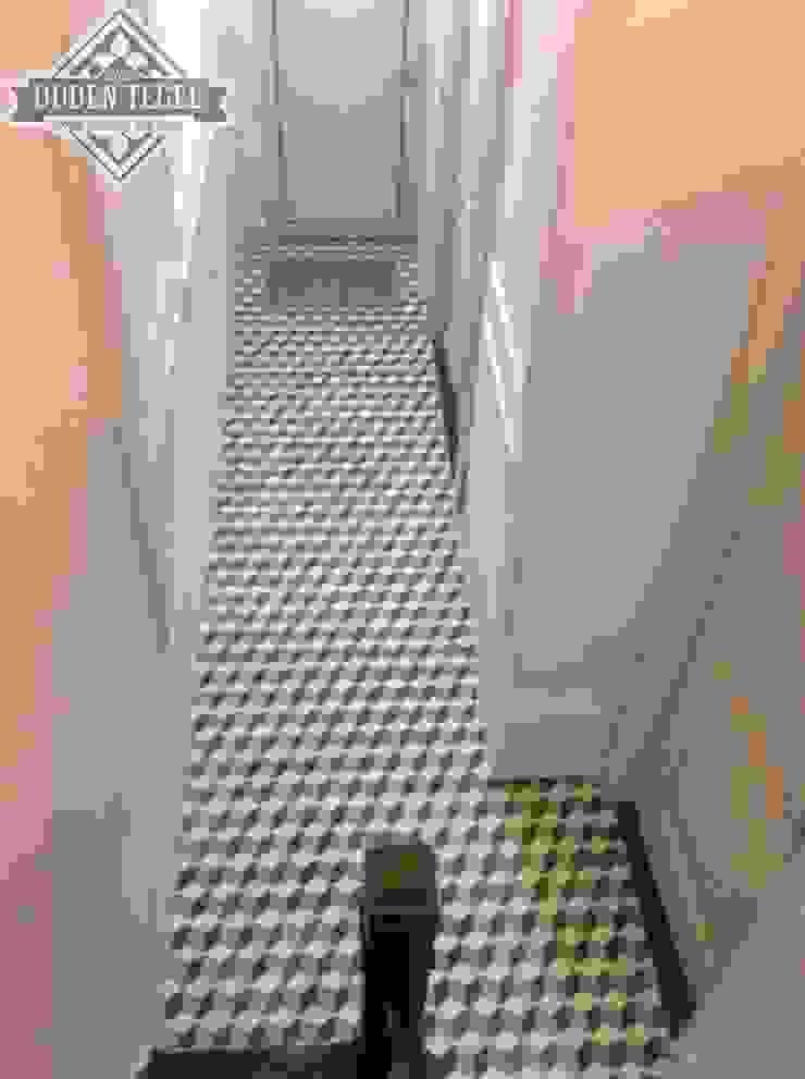 Den Ouden Tegel Modern corridor, hallway & stairs Tiles