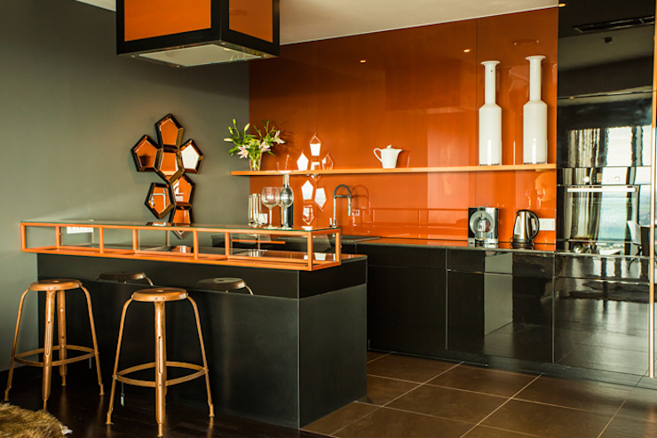 Kitchen by 2kul INTERIOR DESIGN,