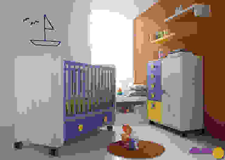 Chambre d'enfant moderne par Muebles Andévalo Moderne