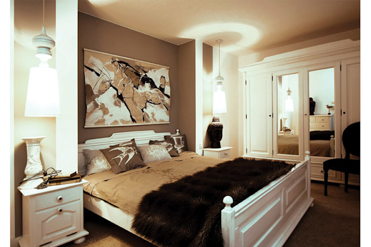 Eclectic style bedroom by 2kul INTERIOR DESIGN Eclectic Fur White