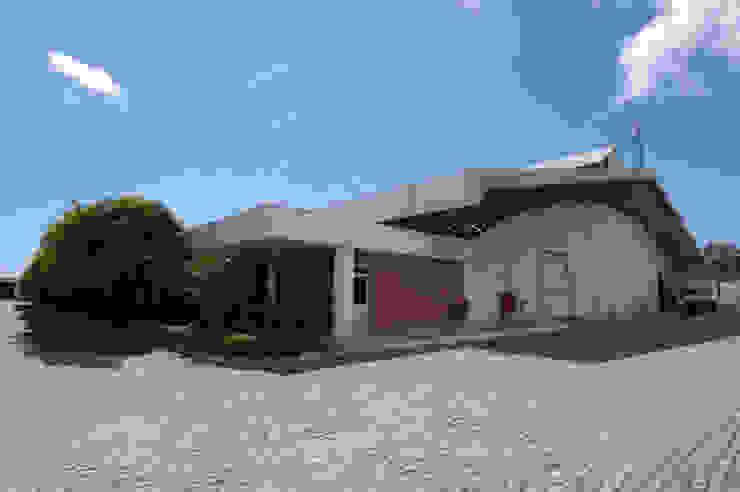 Grendene Fortaleza Espaços comerciais industriais por Aurion Arquitetura e Consultoria Ltda Industrial