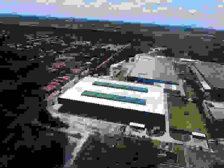 Vulcabrás do Nordeste S/A Espaços comerciais industriais por Aurion Arquitetura e Consultoria Ltda Industrial