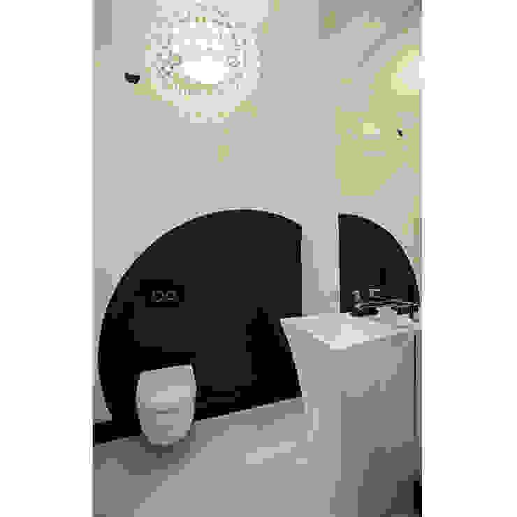 Modern Bathroom by 2kul INTERIOR DESIGN Modern Pottery