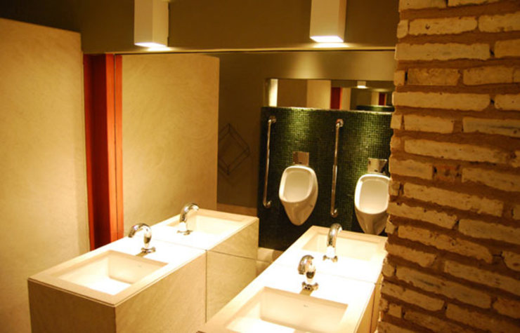 WC do Museu da Indústria Centros de exposições industriais por Aurion Arquitetura e Consultoria Ltda Industrial