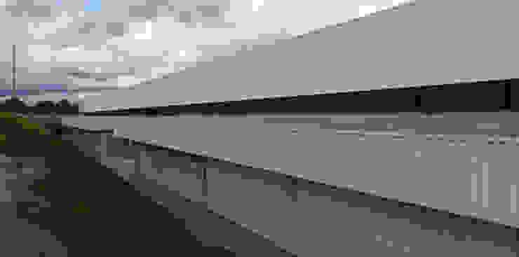 Industriale Ladenflächen von Aurion Arquitetura e Consultoria Ltda Industrial