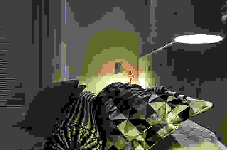 Schlafzimmer von ERICA TEROSSI ARABICANO DECORADORA