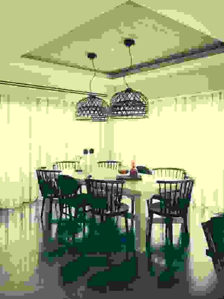 Moradia D+IF Salas de jantar ecléticas por Space Invaders _ Arquitectura e Design Eclético
