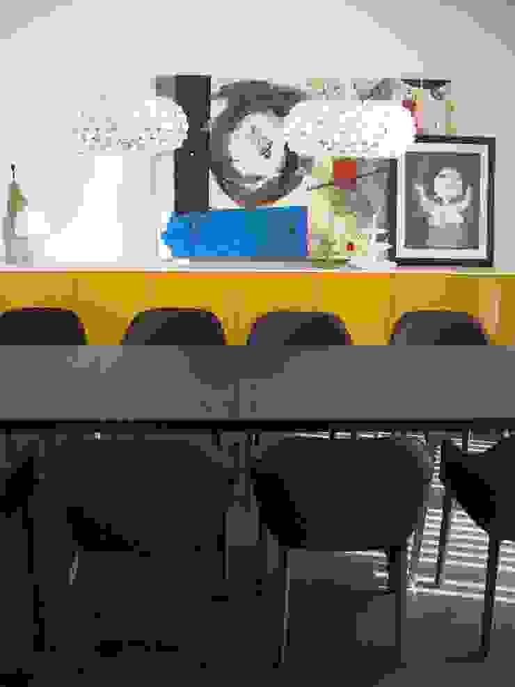 Moradia PNG Salas de estar modernas por Space Invaders _ Arquitectura e Design Moderno
