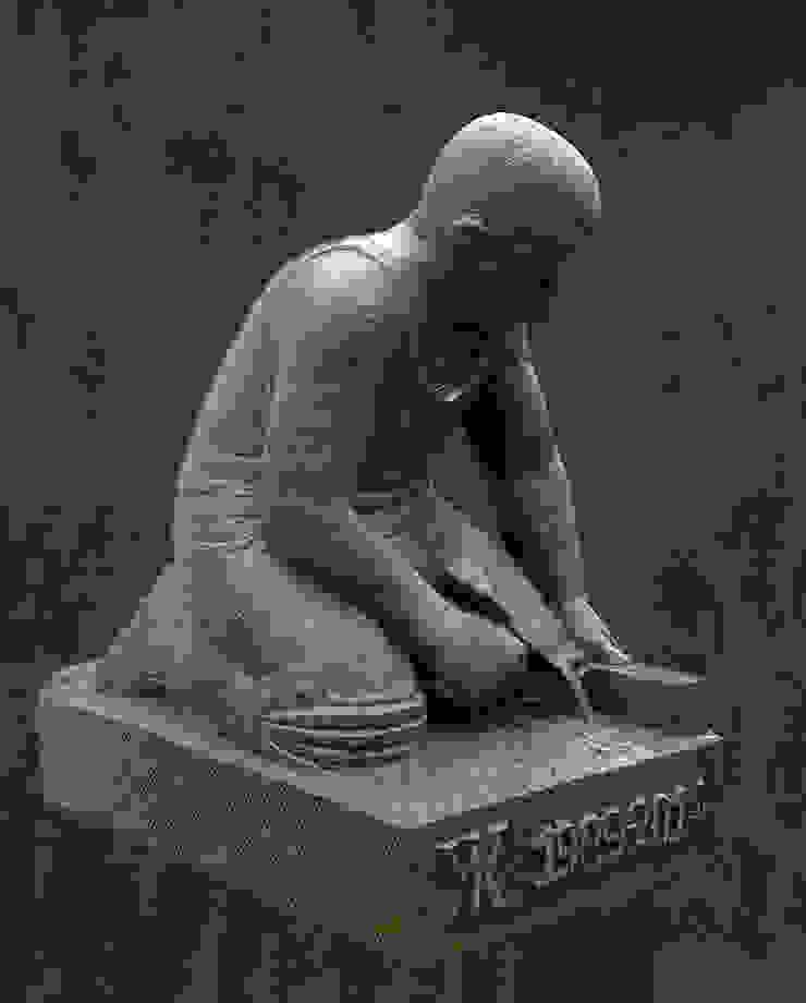 Stratenmaker in dolomiet Beeldhouwerij van Velzen Kunst Sculpturen Kalksteen