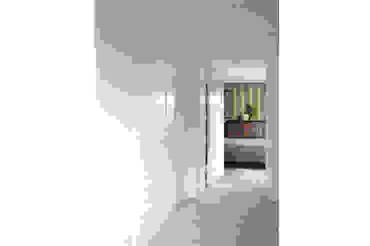classic  by 2kul INTERIOR DESIGN, Classic Wood Wood effect