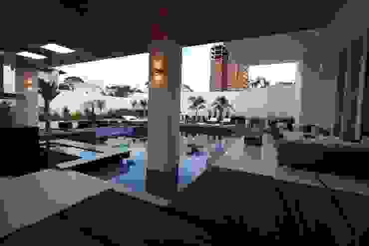 HZ Paisagismo Classic style pool