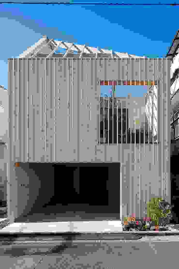 ディンプル建築設計事務所 Modern home Solid Wood Wood effect