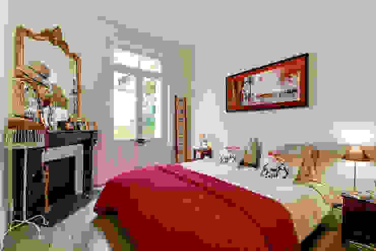 クラシカルスタイルの 寝室 の blackStones クラシック