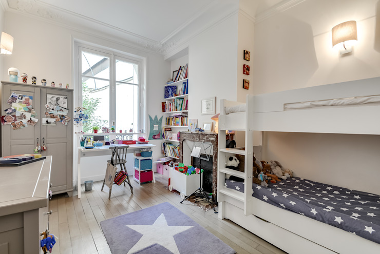 Paris 9 Chambre d'enfant classique par blackStones Classique
