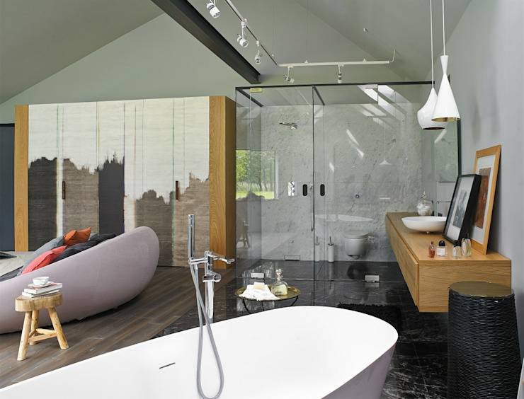 stando interior design Modern bathroom