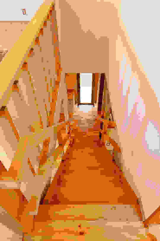階段室 モダンスタイルの 玄関&廊下&階段 の 株式会社山口工務店 モダン