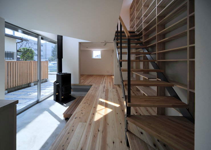 FuruichiKumiko ArchitectureDesignOffice Modern corridor, hallway & stairs
