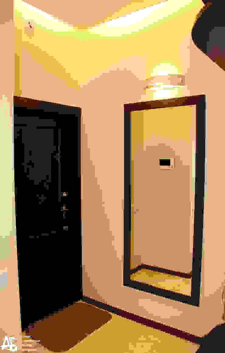 квартира на 120 кв.м в ЖК <q>Французский</q> Коридор, прихожая и лестница в модерн стиле от Алина Березинская Модерн