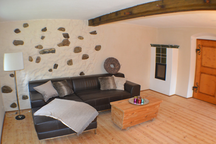 Fotos aus der 1. Sanierung 1992 - 1997 Klassische Wohnzimmer von Fewo Moarhof Klassisch