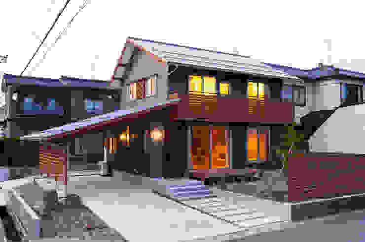 Modern houses by 株式会社山口工務店 Modern