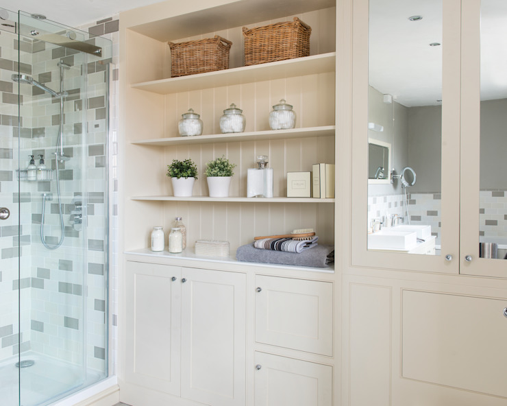 Storage Wall Classic style bathroom by Workshop Interiors Classic