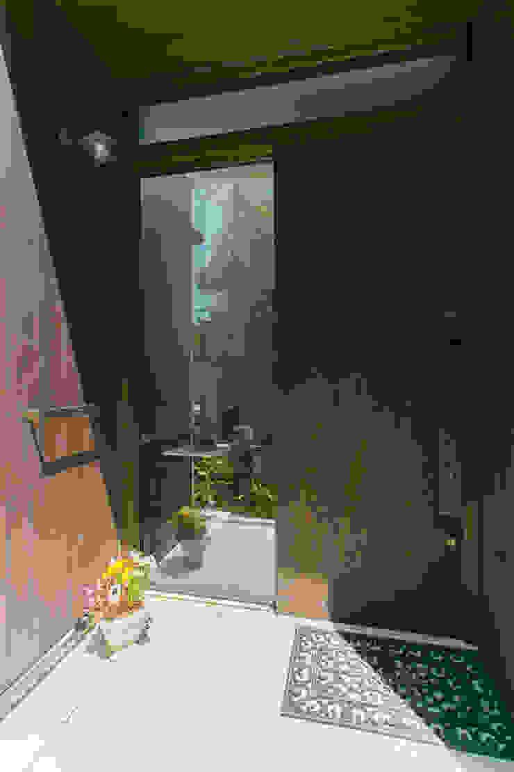 別所本町の家 モダンな 家 の 株式会社 atelier waon モダン