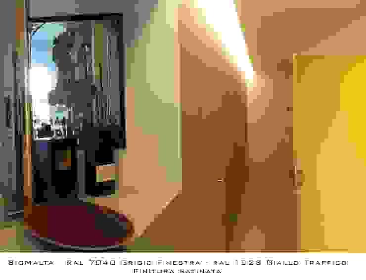 Marcello Gavioli Koridor & Tangga Minimalis Grey