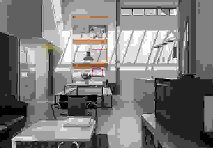 The Workshop Modern dining room by Henning Stummel Architects Ltd Modern