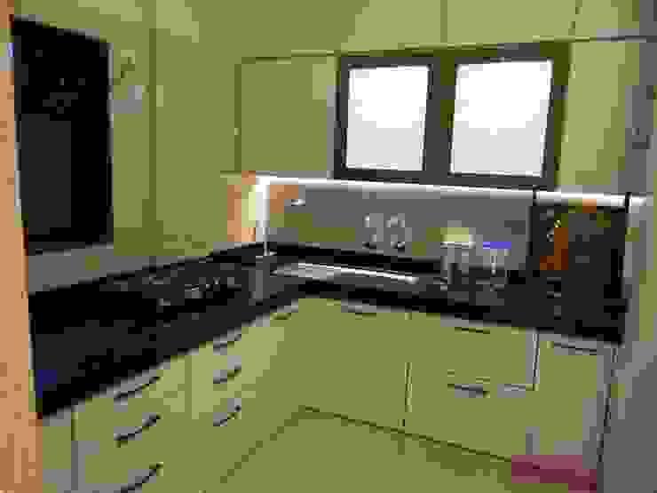 Rajeev Sapre Residence: modern  by Nuvo Designs,Modern