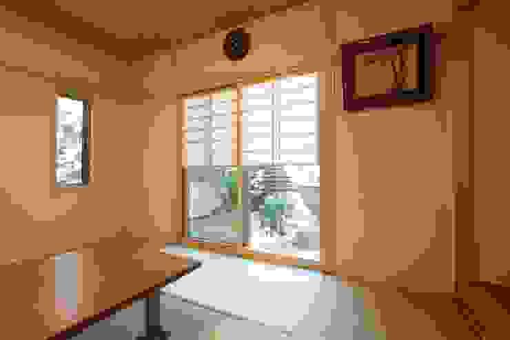 市川市O邸 和風デザインの 多目的室 の k-endo 和風 竹 緑