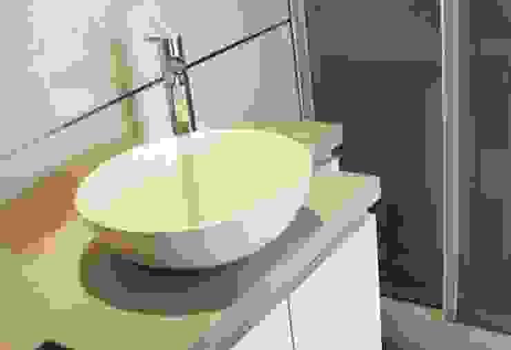 Baños Antonelli de Antonelli Muebles Moderno