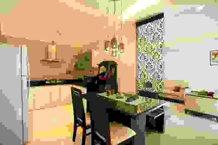 2BHK Residence Modern dining room by INTERIOR WORKS Modern