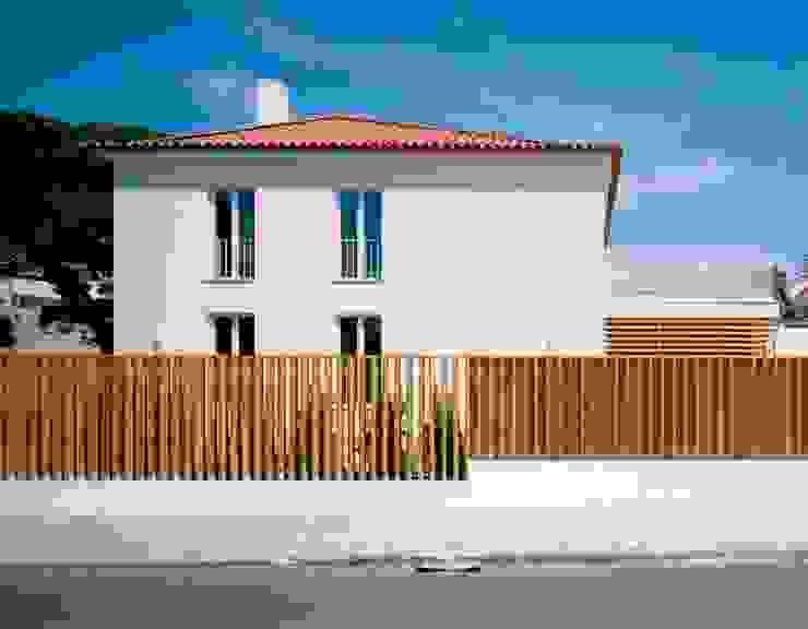 HDM House SAMF Arquitectos 現代房屋設計點子、靈感 & 圖片