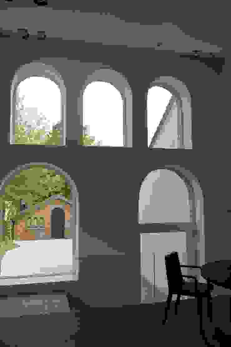 Tiendenschuur Van Mol Moderne ramen & deuren van metamorfos.architecten bvba Modern